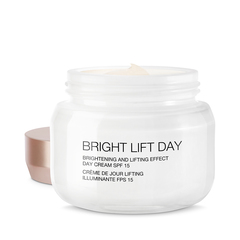 Bright Lift Day Sunscreen Broad Spectrum Spf 15