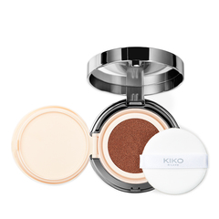 Kompakte Puder-Foundation mit mattem Finish und LSF 30 - Weightless Perfection Wet And Dry Powder Foundation - KIKO MILANO