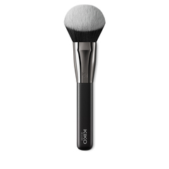 <div>Kabuki brush with synthetic bristles for applying face powders</div> - Face 13 Kabuki Brush - KIKO MILANO